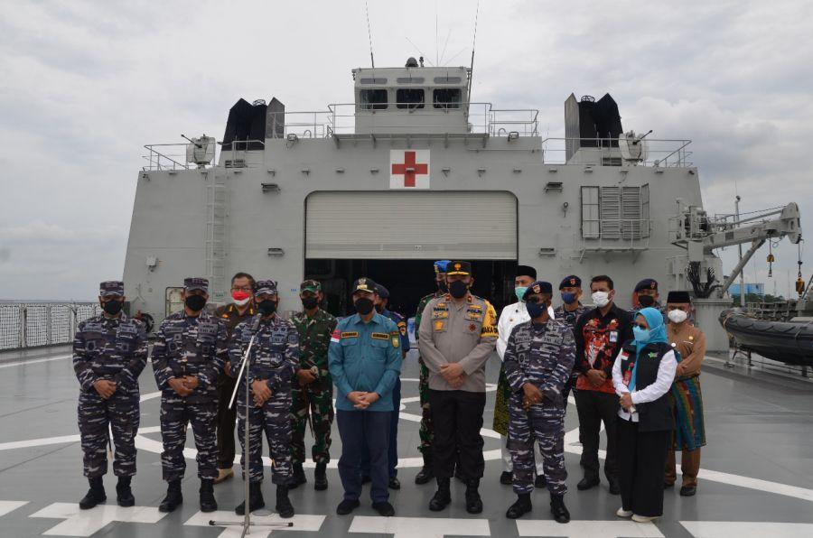 Gubri Ucapkan Terimakasih Dukungan KRI Semarang-594 Bantu Oksigen