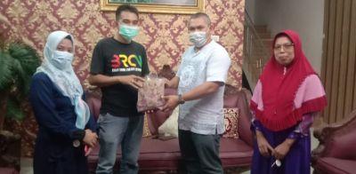 Jalin Silaturahmi, BRCN TPTM Rohil Lakukan Kunjungan Ke rumah Suratmin