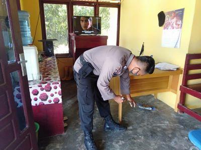 Polsek TPTM Giat Bersih bersih dan melaksanakan Protokol Kesehatan dalam pencegahan Covid19